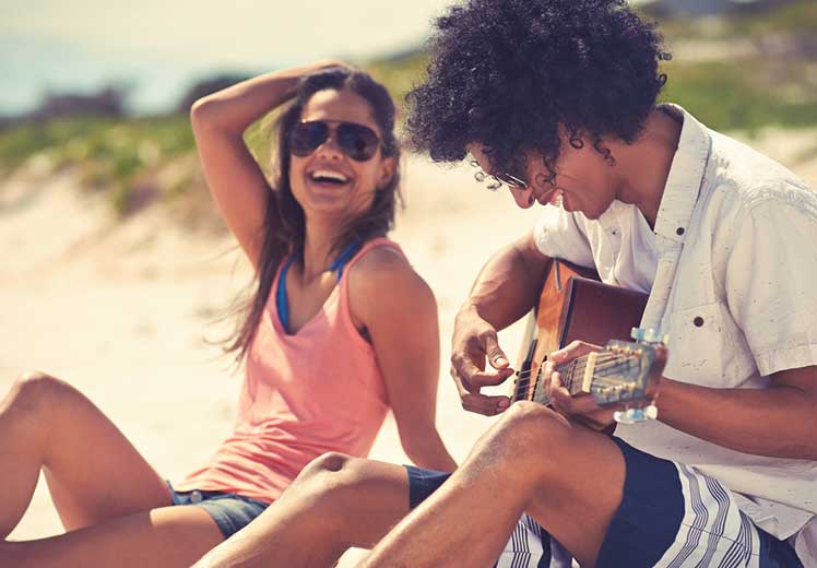 6 Unconscious Ways People Find Happiness